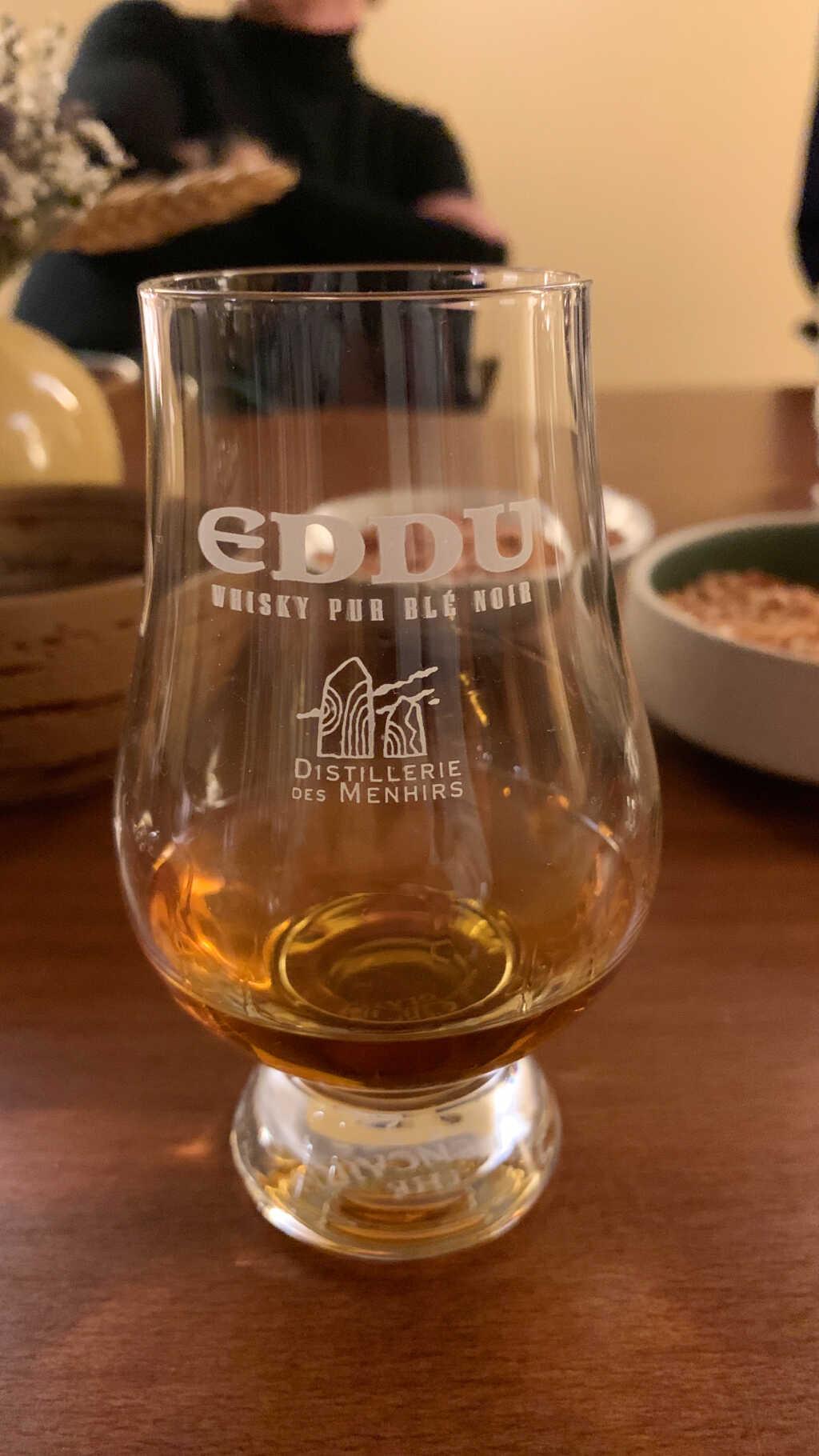 Eddu Diamant, bretonischer Buchweizen-Whisky, 20 Jahre im Fass