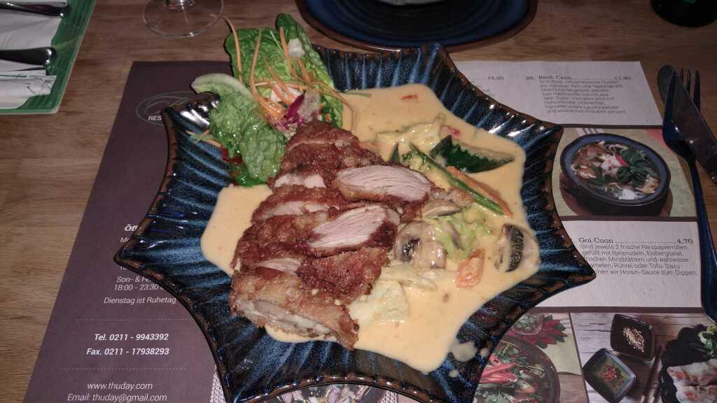 Gaeng Keaw Wan Ped 13,90 € - knusprige Ente + grüner Curry