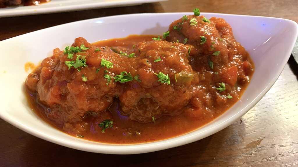 Albondigas es salsa de tomate