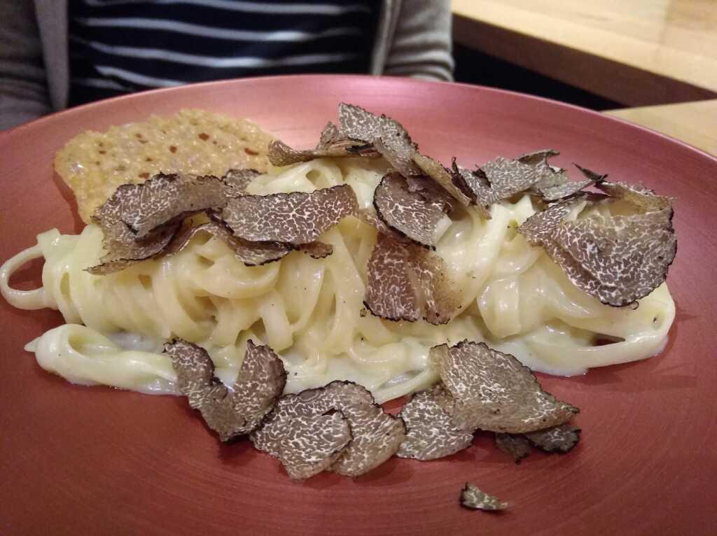 Trüffel-Pasta als Vorspeisen