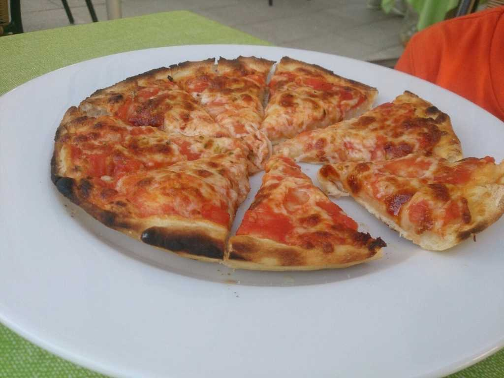 kleine Pizza Margeritha